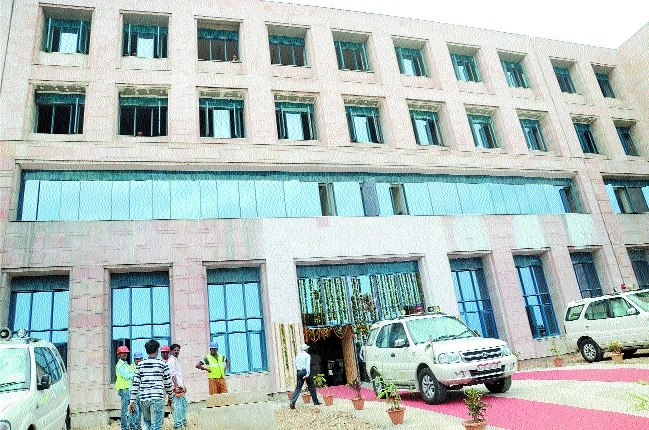 Senior doctors of reputed Govt institutions joining Bhopal AIIMS