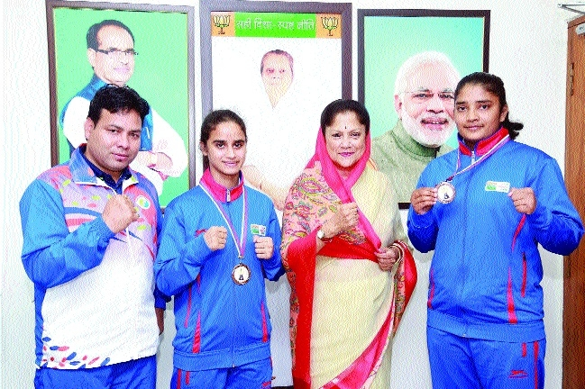 MP pugilists win medals at Golden Glove Women's Boxing