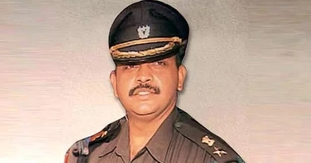 SC grants bail to Lt Col Purohit in 2008 Malegaon blast case