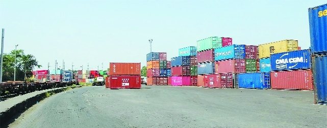 Yet another snag throws Exim trade out of gear!