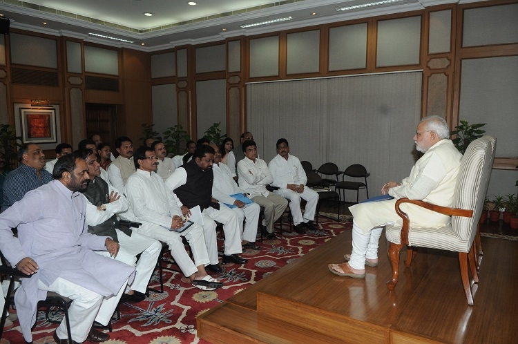 Modi meets BJP MPs from Mah, Goa