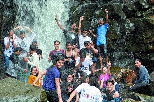 BSSS students enjoy trekking at Kathotiya