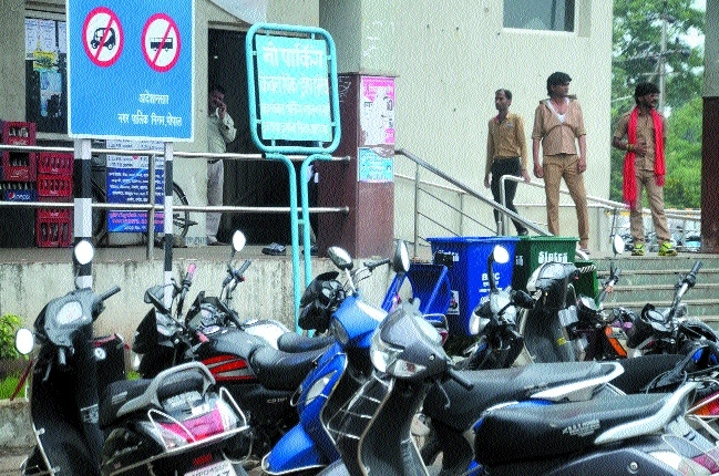 Illegal parking, cleanliness still major issues at ISBT