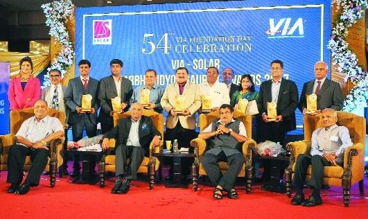 VIA gives award to 7 entrepreneurs