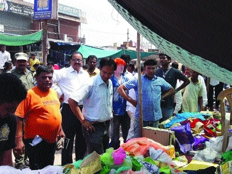 Police, Administration and Corporation authorities inspect Sunday Bazar