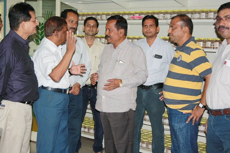 Observer from Guntur Dr Prashad visits CAFT, review facilities