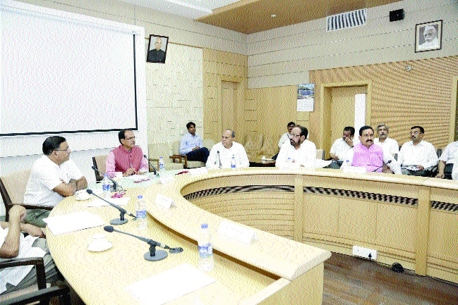 CM steps up efforts to tackle water scarcity