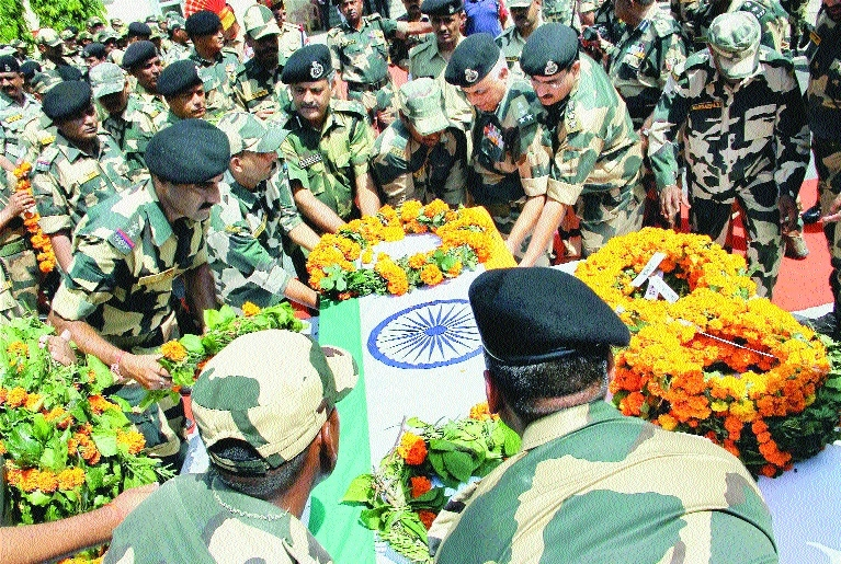 BSF jawan killed in ceasefire violation by Pak troops