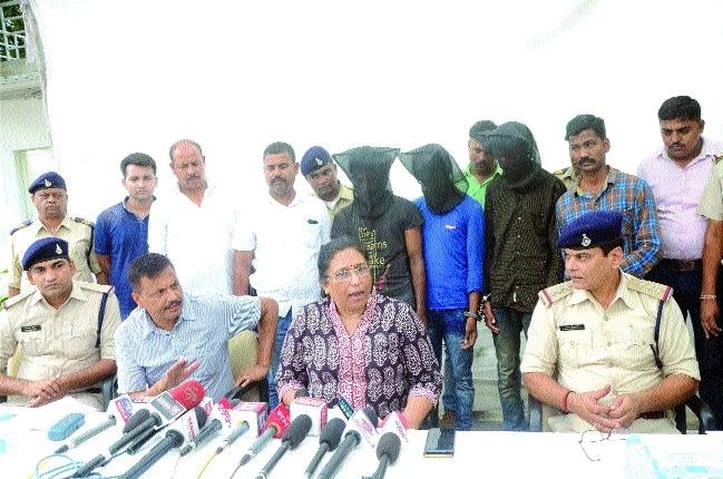2 train robbery accused held