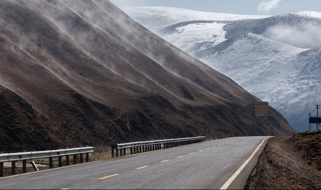 China opens highway to Nepal via Tibet