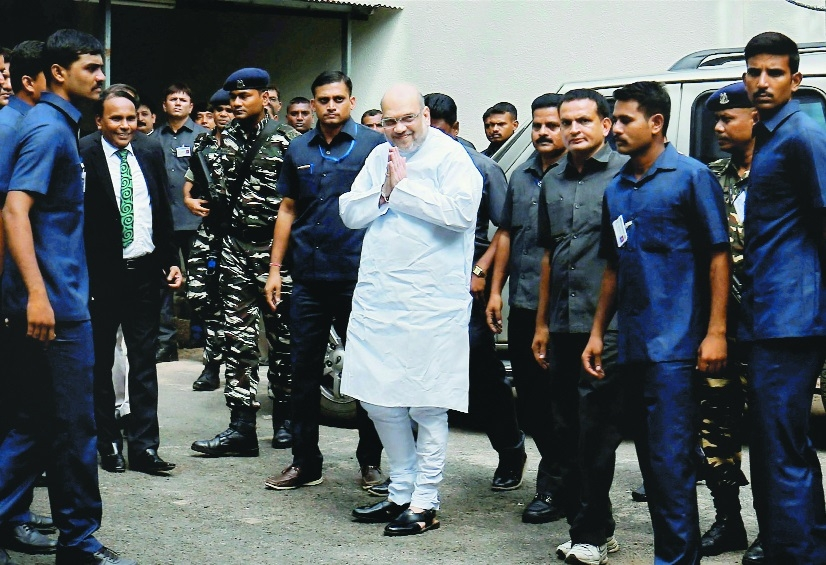 Shah appears as witness for Kodnani in Naroda riots case