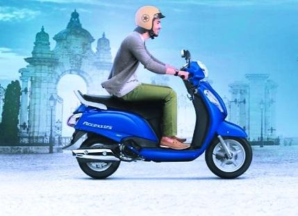 Navratri offer on Suzuki Access and Gixxer SF