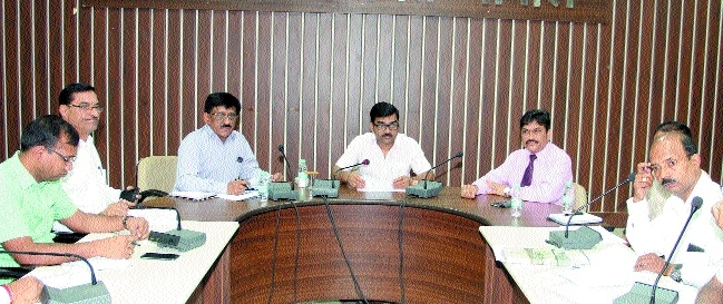 Provide benefits of self-employment scheme to beneficiaries: Collector