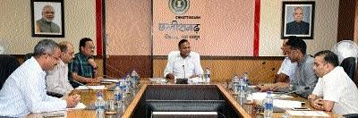 CS reviews implementation of social welfare scheme through 'Jansamwad Project'