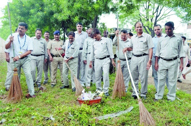 BHEL carries out cleanliness drive