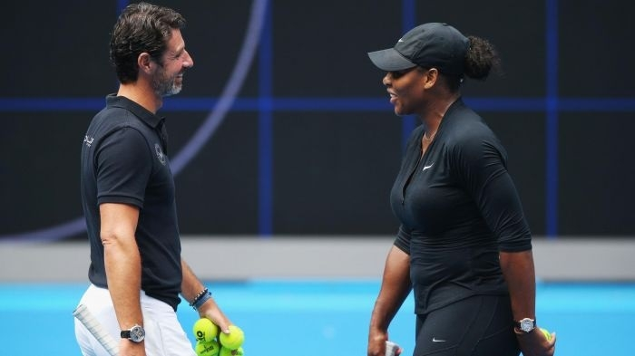 Serena coach happy to let her handle pressure points