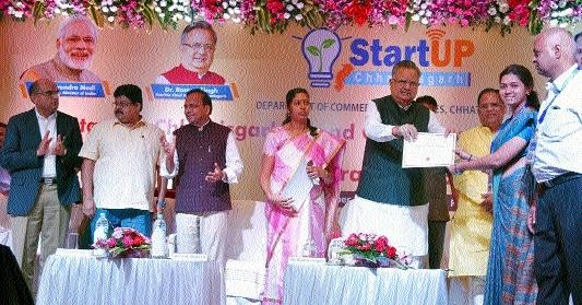 CM felicitates 36 Start Up entrepreneurs from C'garh