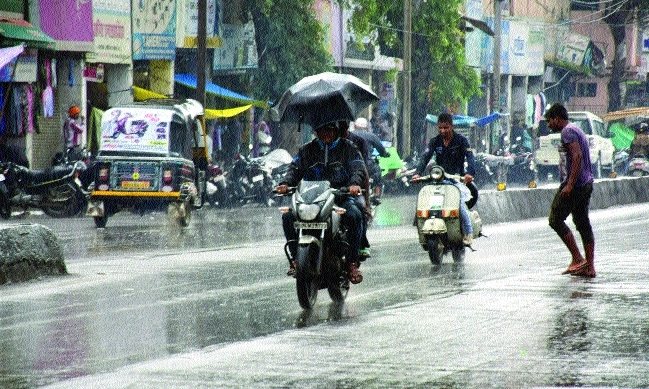 Light showers drench Bhopal