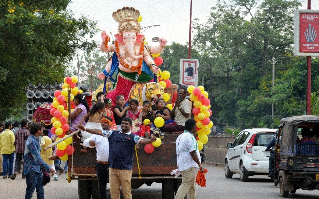 Immersion of Ganesh idols commences in State Capital