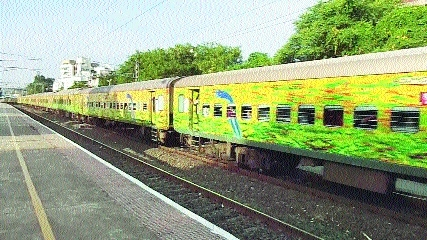 Eight new AC coaches for Duronto Express