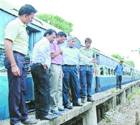 No compromise on safety, track maintenance: Central Rly GM