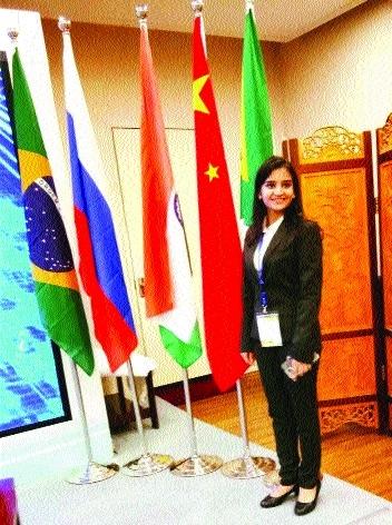 Bhilai girl Gitika represents India at 'BRICKS Youth Summit-2017' in China