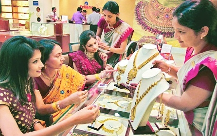 Govt's new KYC ruling takes out glitter from jewellery biz