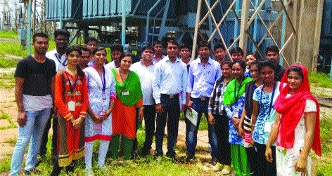Students from CCET visit 400 kV Substation at Khedamara