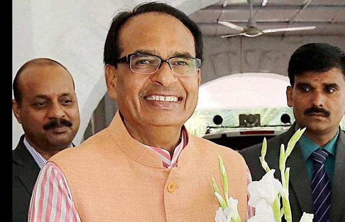 CM Chouhan greets people on New Year