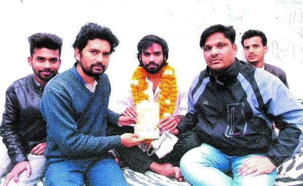 'Jago Pratinidhi Jago' campaign to oppose shifting of Technical University to Rewa