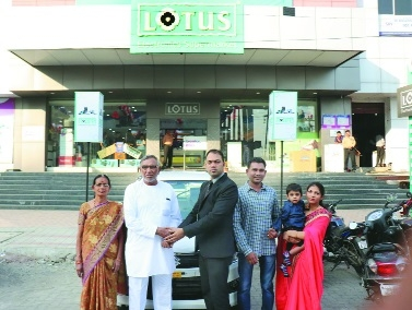 Lotus presents keys of Wagon R car to Diwali contest winner