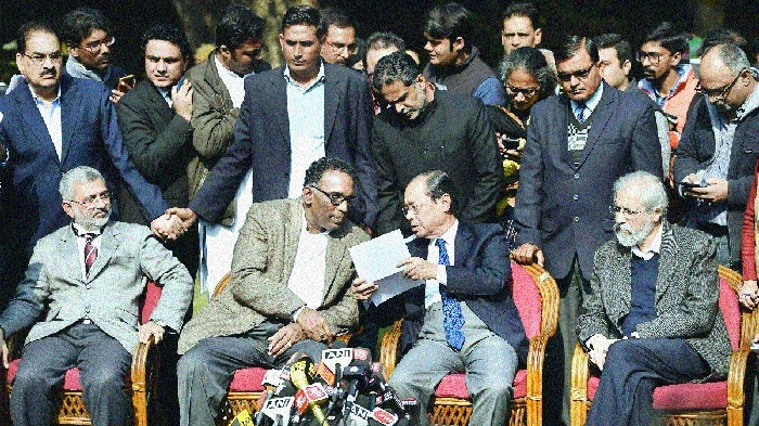 4 SC judges accuse CJI of 'impropriety'