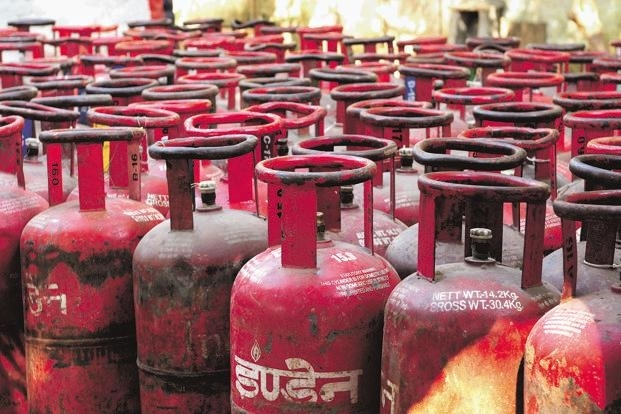 'Black-marketing of LPG cylinders costing nation Rs 14,000 cr annually'