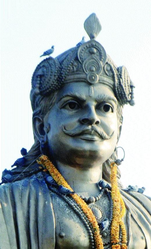 Iconic Raja Bhoj's statue losing its luster