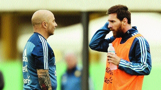 Argentina coach Sampaoli observing '45 to 60' players for World Cup