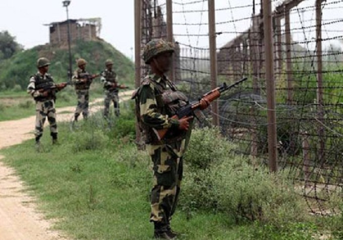 BSF kills intruder along IB; destroys 2 Pakistani posts
