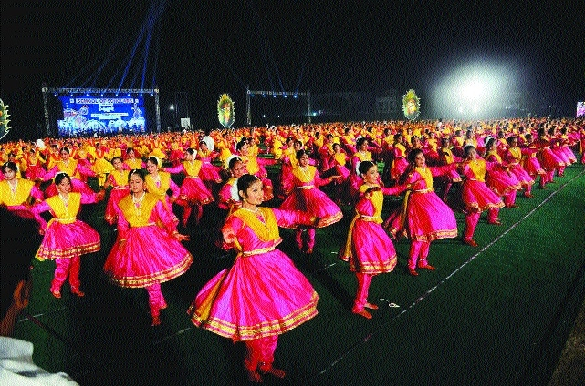 1,204 Amravati SoS girls win hearts as they bid for world record