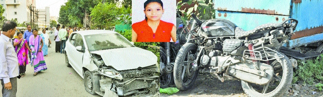 Girl dies, friend hurt after youth rams car into bike
