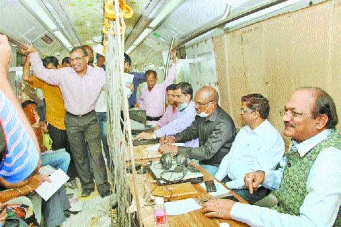 MMRCL defers metro rail's first phase completion date