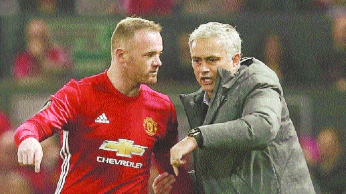 Rooney calls on Man Utd players to stand up