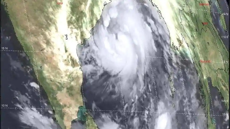 Cyclone Titli intensifies into severe cyclonic storm