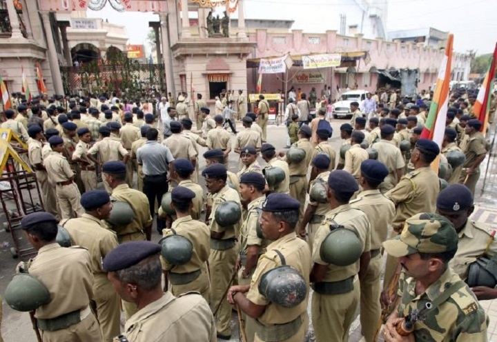 Cops can't enter Jagannath temple with guns, shoes, says SC