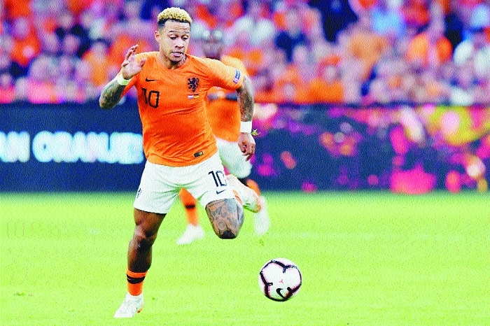 Netherlands overpower German defence