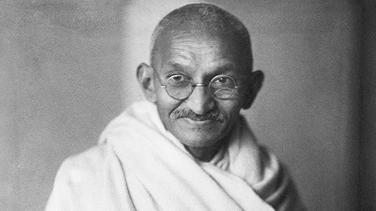 When 'unlawful' keeping of Rs 4 by wife irked Bapu