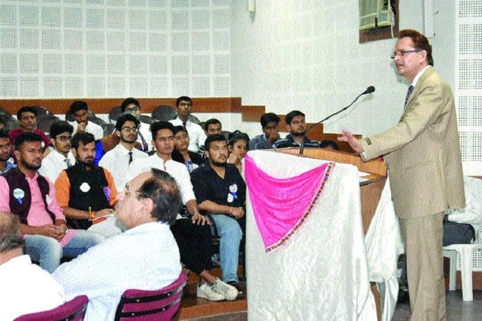 Role of youths important to strengthen Parliamentary system: A P Singh