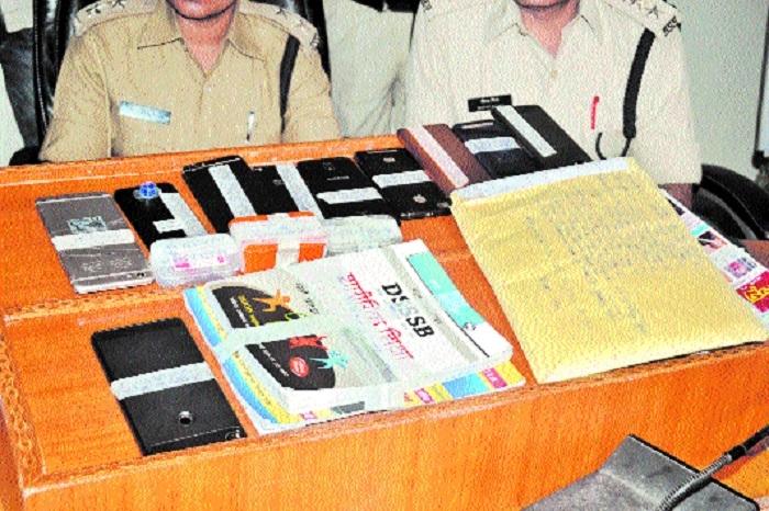 Barela police bust gang of Munna Bhais