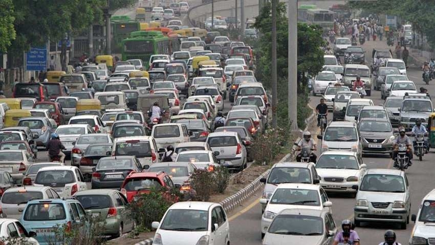 SC bans plying of 15-yr-old petrol, 10-yr-old diesel vehicles in NCR