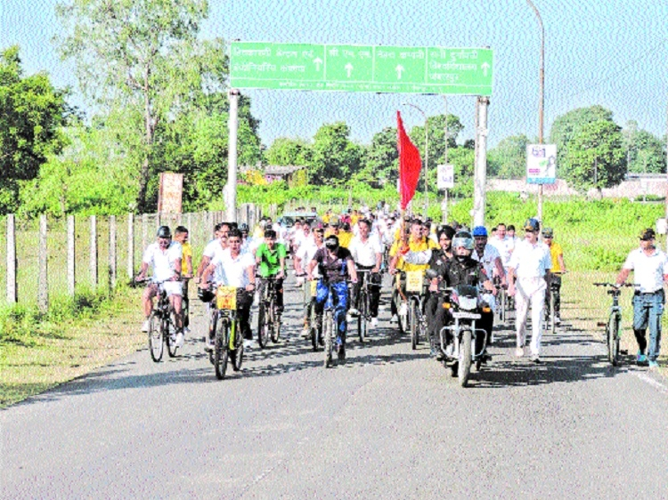 Brigadier Rajesh Negi flags off cycle rally
