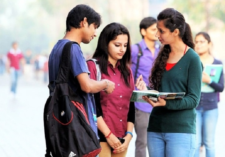 'Engg students taking admission directly to 2nd year have to pay increased fee'