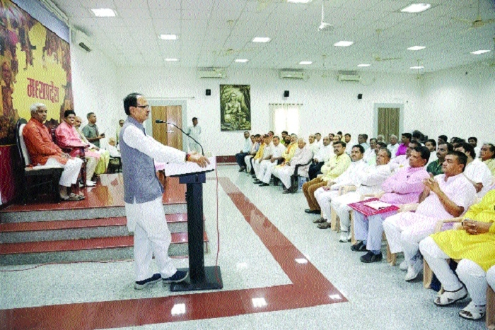 Honorarium of priests to be tripled: CM